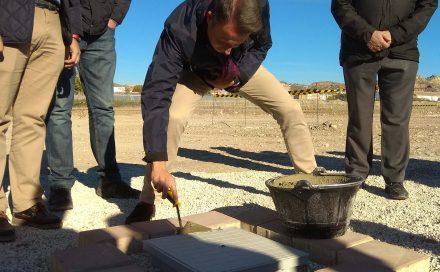 Limusa pone la primera piedra de la nueva base operativa y logística de limpieza viaria y recogida de residuos domésticos