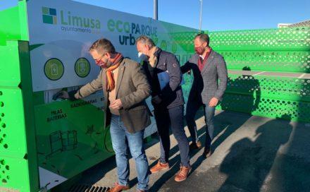 El centro logístico acoge un ecoparque urbano para los residuos domésticos que no pueden ir al contenedor